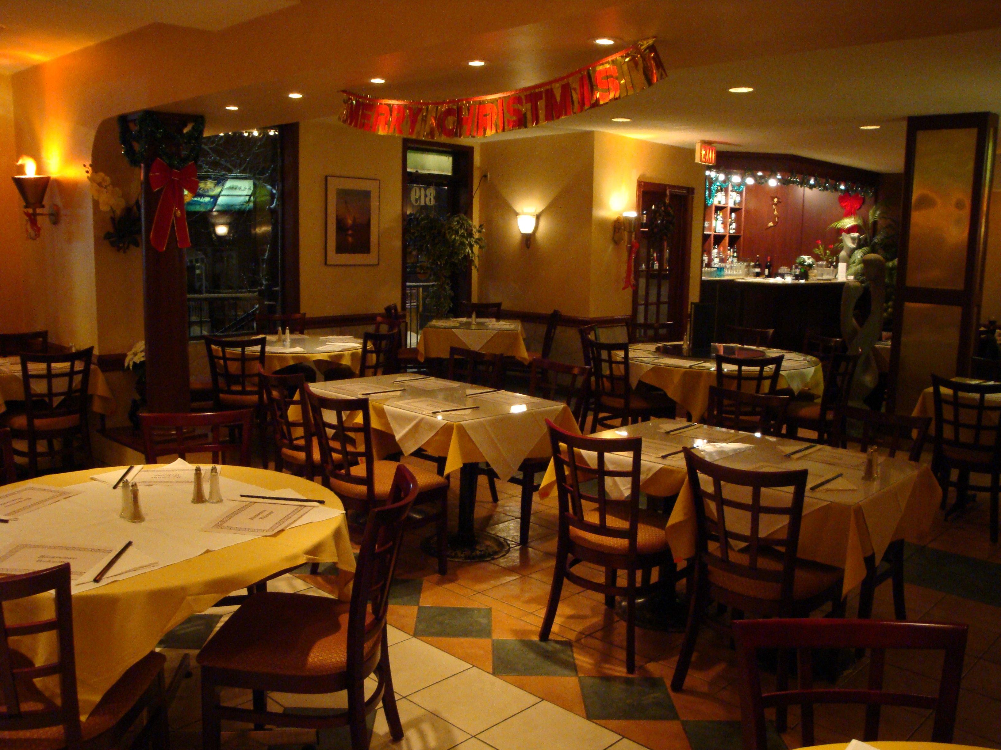 Who Accepts Amex >> Vietnam Palace Restaurant, 819 SOMERSET ST W, Ottawa Chinatown