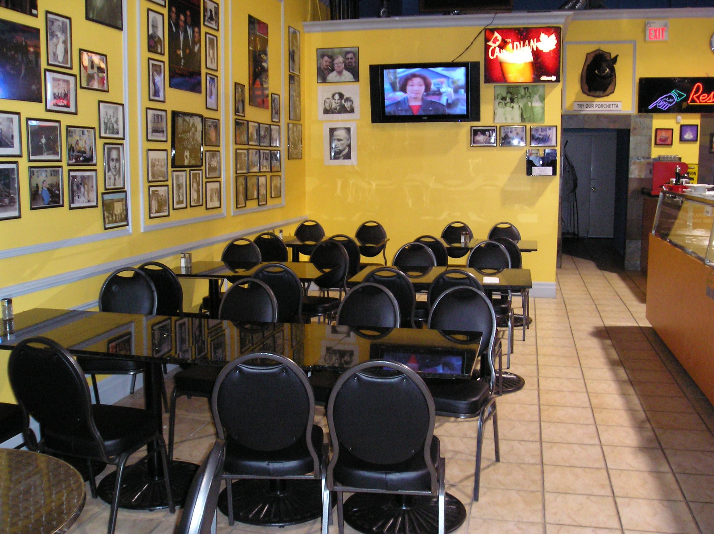 Italian Cafe West Th St