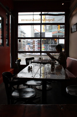 70b6ba8a39f TORONTO, ON Food and restaurant Guide.