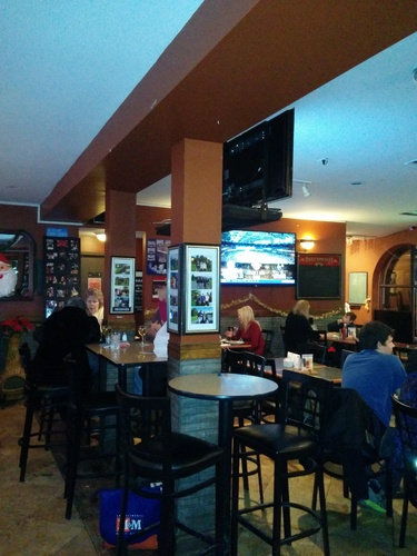 Review of Sunrise Bar & Grill by identidem on 2013-12-15 19:48:50